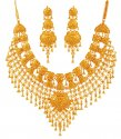 Click here to View - Traditional 22K Bridal Necklace Set