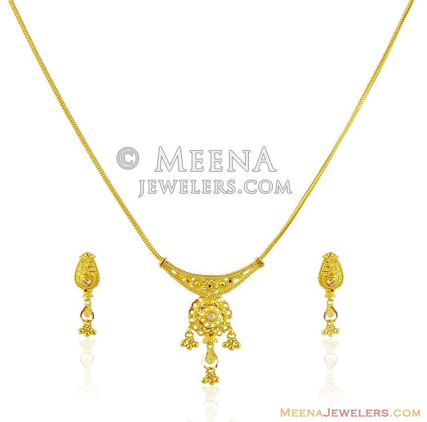 22k Fancy Dokia Style Necklace Set Stls14372 22k Gold Necklace Earrings Set Designed With Fancy Filigree Patterns In Combination With Diamond