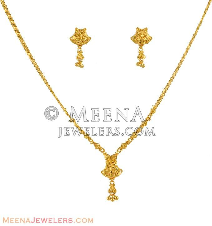 Small Set With 22kt Gold Stgd5111 Fine Filigree And Elegant Design On 22kt Gold Necklace And Earring Set