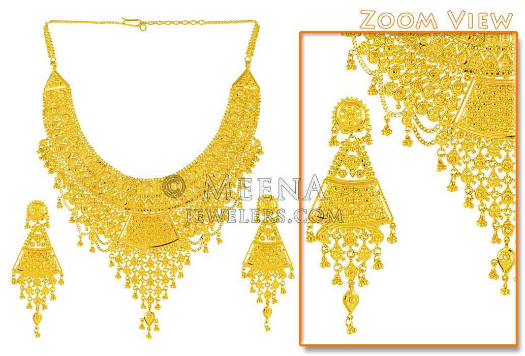 22Kt Gold Jewelry Set Necklace and Earrings StBr2583 22 Kt