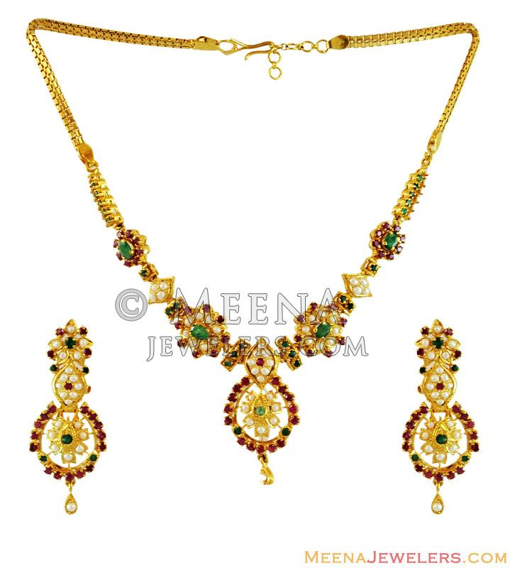 Ruby Emerald Pearls Necklace Set Stps13202 22kt Gold Necklace And Earring Set Beautifully Designed In A Traditional Indian Design Intricately S