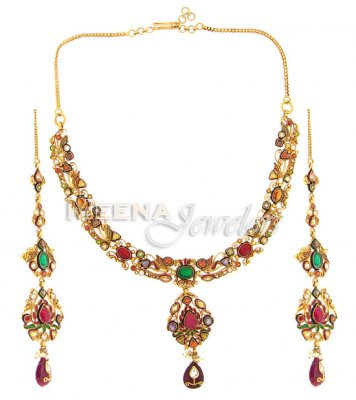 22 Kt Classic Gold Necklace Set ( Antique Necklace Sets )