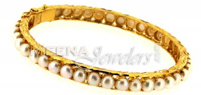 22 Kt Gold Pearls Bangle ( Precious Stone Bangles )