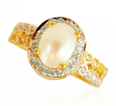 22 Karat Gold Ring with Pearl ( Ladies Rings with Precious Stones )