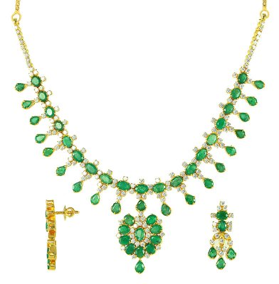 22 Kt Gold Emerald And Cubic Zircon Set ( Combination Necklace Set )