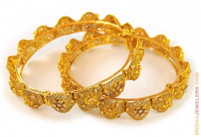 22Kt Antique Bangles with Polki ( Antique Bangles )