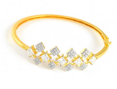 Gold Bangle with Star Signity ( Stone Bangles )