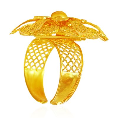 22Kt Gold Floral Ring  ( Ladies Gold Ring )