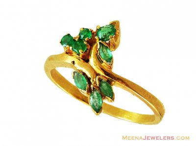 22k Fancy Emerald Ring  ( Ladies Rings with Precious Stones )