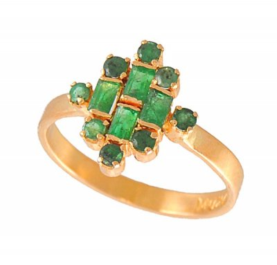 22Kt Gold Ring with Emeralds ( Ladies Rings with Precious Stones )