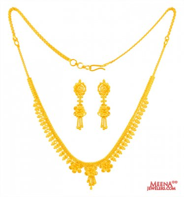 22 Kt Gold Necklace Set ( Light Sets )