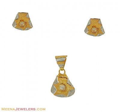 Two Tone Fancy Pendant Set (22Kt) ( Fancy Pendant Set )