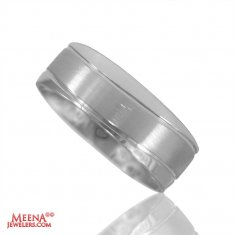 18 Karat White Gold Mens Band