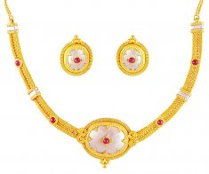 22K Gold Pendant Style Necklace ( 22 Kt Gold Sets )