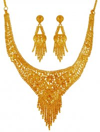 22kt Gold Necklace and Earring Set