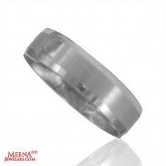 18 Kt White Gold Band